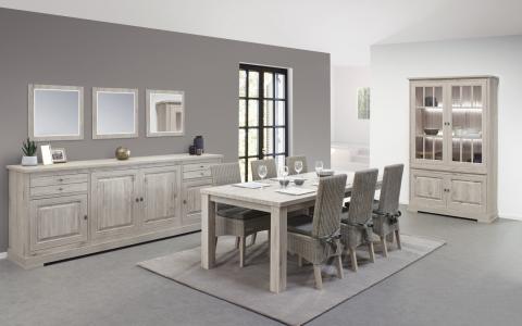 Eetkamer Kent, dressoir + vitrine+ tafel